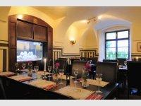 restaurant KONÍRNA