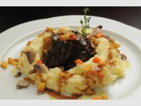 Steamed ox cheek in Moravian red wine